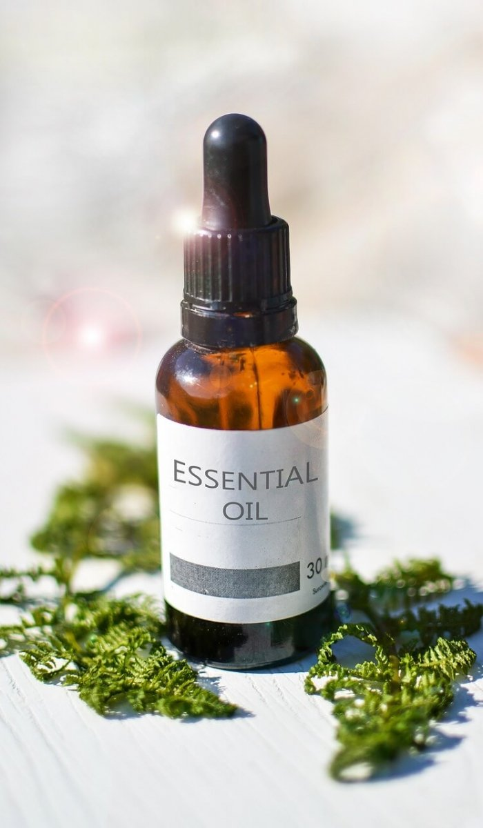 essential-oils-2385087_1280(1)
